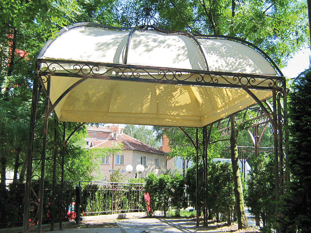 галерия шатри, кладове, тунели